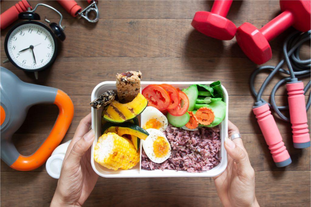 بهترین زمان غذا خوردن قبل از ورزش