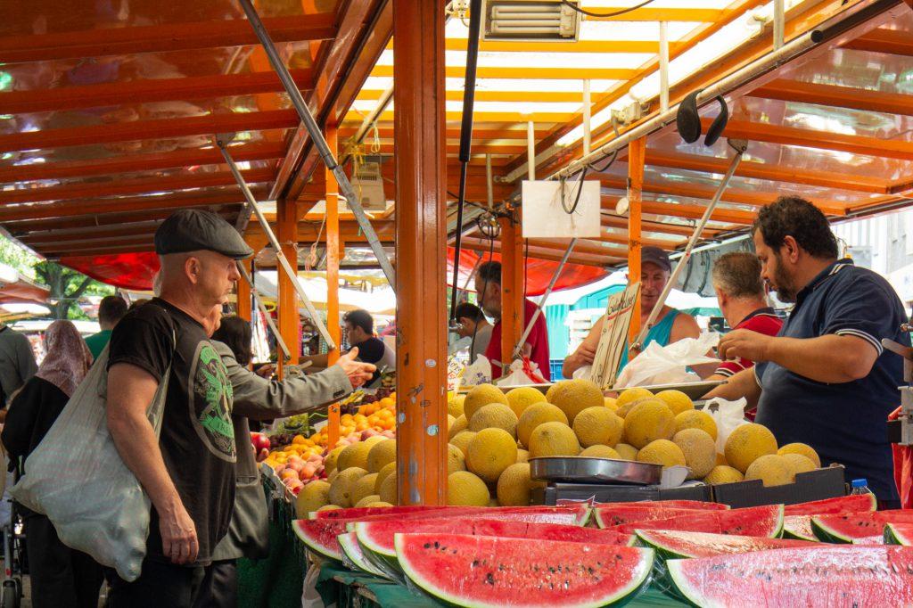 بازار، فروشگاه محلی